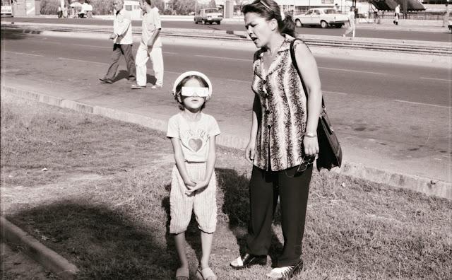 Ouzbékistan, Tachkent, éclipse, © L. Gigout, 1999