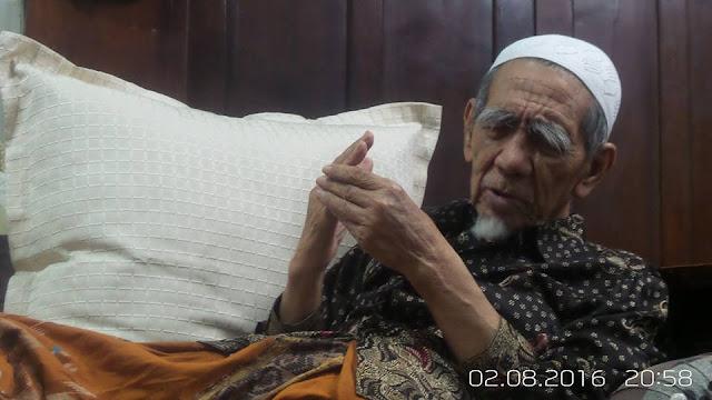 Mbah Maimoen Zubair: Mereka Mengaku Membea Islam, tapi Kolaborasi dengan Teroris