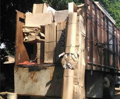 Sewa truk fuso Bekasi Solo