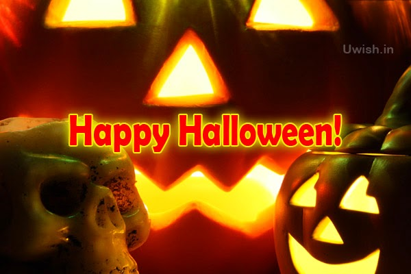 Happy Halloween e greeting cards and wishes with a pumpkin and skull model doll.