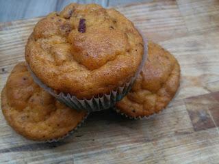 Muffinki z kabanosami