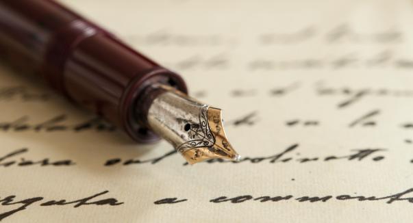 Pengertian Puisi Menurut Para Ahli Terlengkap