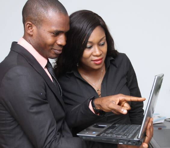 20 تطبيقًا أساسيًا لاتصالات الأعمال لشركتك