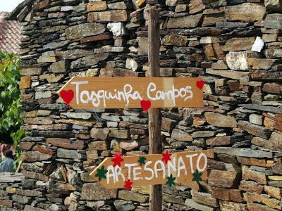 Placas Indicativas na Festa do Caldo de Quintandona