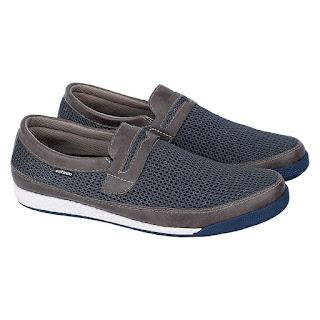 Sepatu Casual Pria Catenzo WR 027