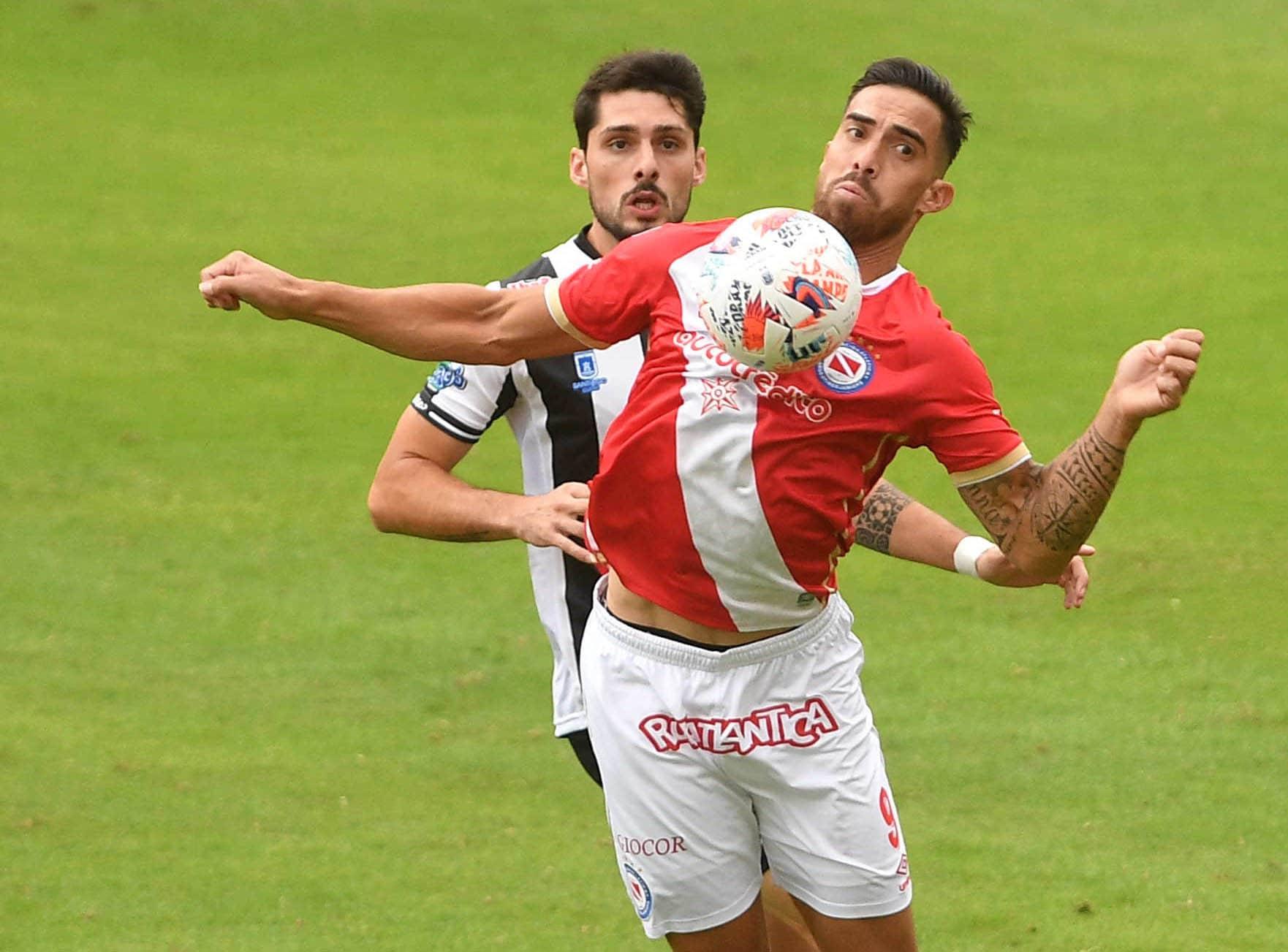 Argentinos y Central Córdoba quedaron a mano con un empate no les sirve de mucho