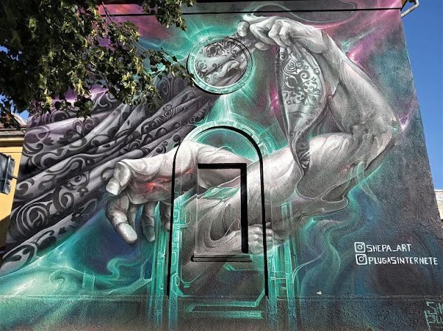 un murales nel centro di klaipeda