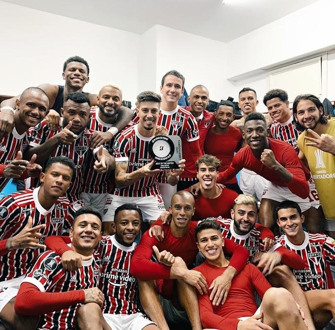 Rigoni volta com dois gols, define classificação e diz que críticas ao São Paulo eram injustas