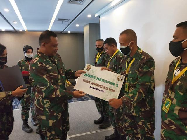 Kapenrem 081/DSJ Raih Juara Lomba Jurnalistik Satuan Penerangan TNI AD