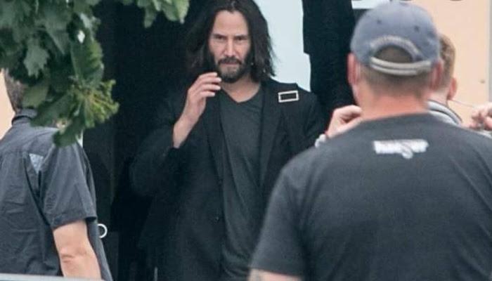 Vazam fotos de Keanu Reeves e Neil Patrick Harris no set de Matrix 4
