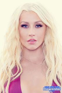 كريستينا أغويليرا (Christina Aguilera)، مغنية أمريكية