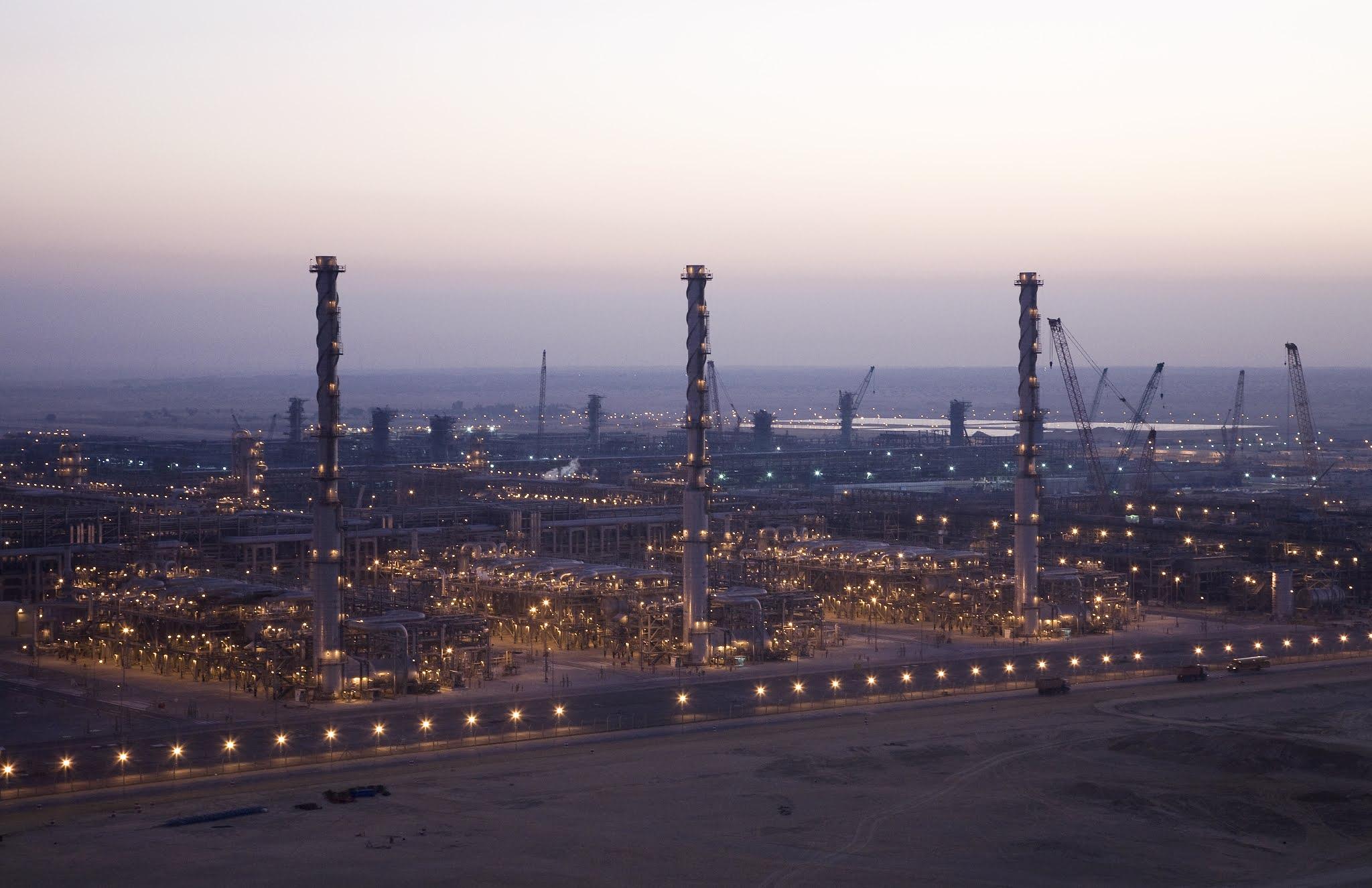أرامكو Aramco السعودية تشهد نموا في صافي الأرباح بسبب ارتفاع أسعار النفط وانتعاش الطلب