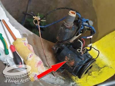 mesin pompa air yang sudah rusak