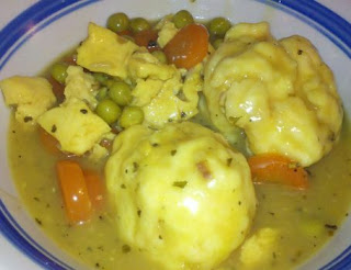 homemade chicken and dumplings, chicken & Dumplings recipe, soup, country recipes, pioneer woman, pioneer living, comfort food, food for when you are sick