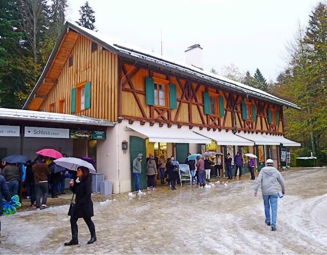 Linderhof Shelter