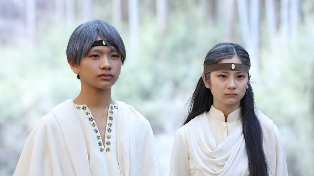 Na imagem dois dos protagonistas do curta (respectivamente da esquerda pra direita Senebu e Bella).