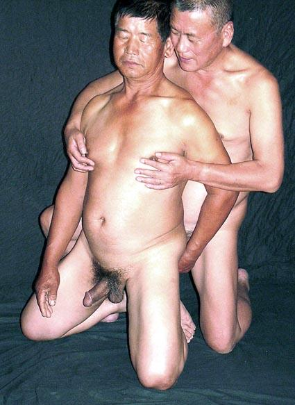 Chinese naked old dude — pic 15