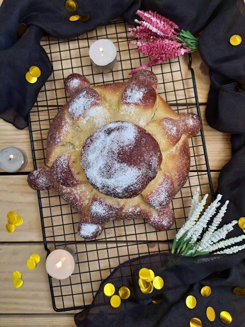 Receta de Pan de muerto. Típica de México para la celebración del Día de Muertos.  Masa, lidl, panificadora, todos los santos, halloween, tradicional, horno, Cuca, otoño