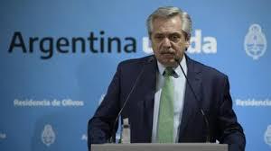 """Fernández opinó que """"cualquier hombre público, sea político o no"""" debería """"medir sus palabras"""""""