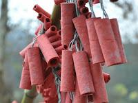 Tradisi Bakar Petasan Masih Digemari Warga Balaraja Penanda Perhajatan