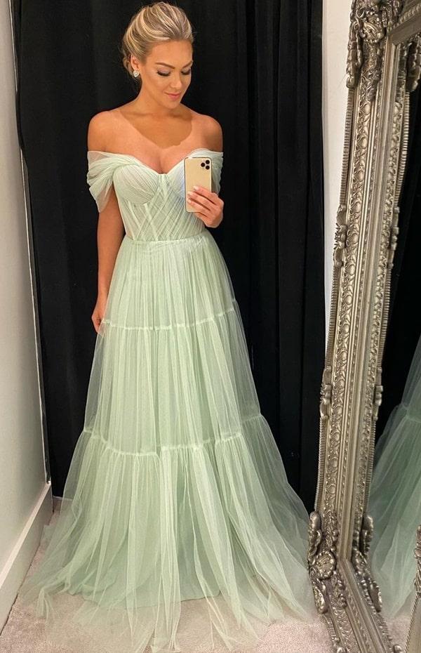 vestido longo verde menta de tule para madrinha de casamento