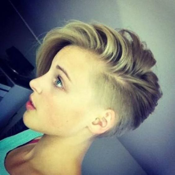 Ask a Hairstylist How to Grow out a Spiky Pixie for a Softer Look