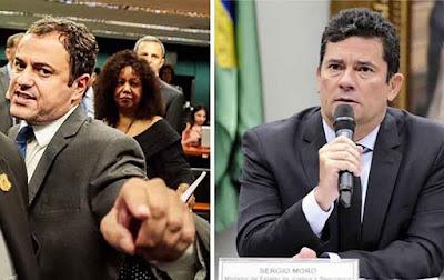 """Deputado chama Moro de """"capanga de milícia"""" por blindar Bolsonaros"""
