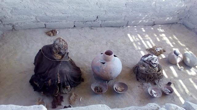 mummia nella tomba di chaucilla