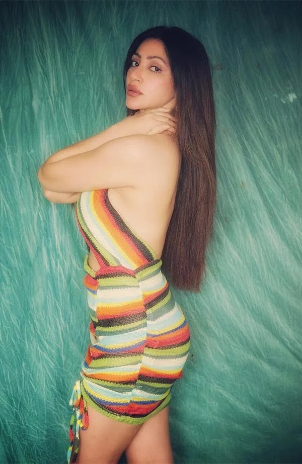 Reyhnaa Pandit sets temperature soaring in this backless dress - see photos.