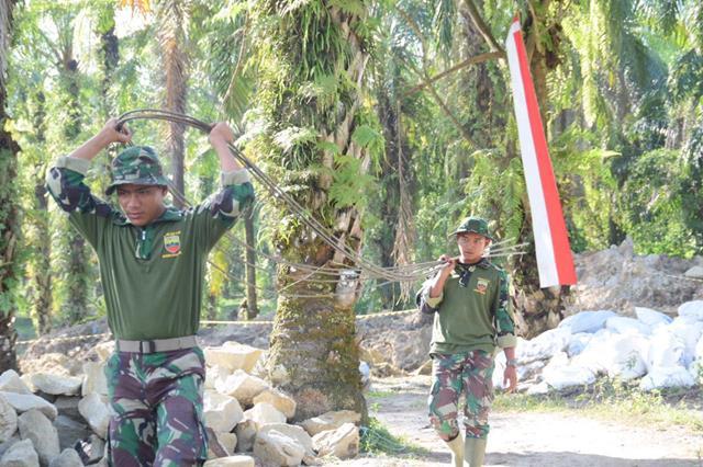 Sukseskan Swasembada Pangan, TMMD Ke-112 Kodim 0207/Simalungun Pembangunan Sasaran Fisik Pembuatan Tanggul Penahan Air