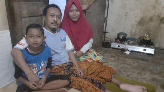 Kisah Pilu Suami Ditinggal Istri karena Lumpuh, Kini Hidup Menumpang dengan 2 Anaknya