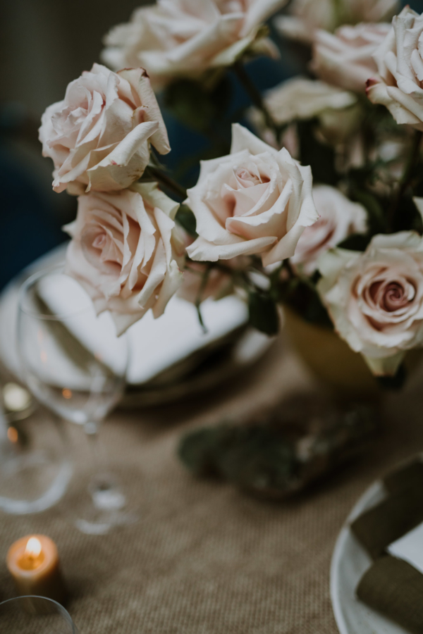At Home | Table Setting Inspiration: The Winter Blues