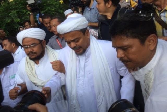 Innalillahi! Polisi Resmi Tetapkan Habib Rizieq Jadi Tersangka Kasus Pornografi