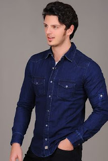 lacivert gömlekle ne giyilir