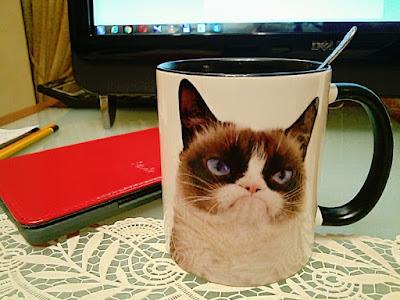 новая любимая чашка, подарок :)