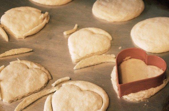طريقة تحضير كعك على شكل قلب لعشاء عيد الحب