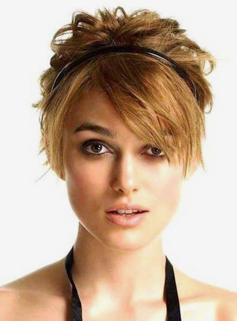 Keira Knightley Short Blonde Haircut