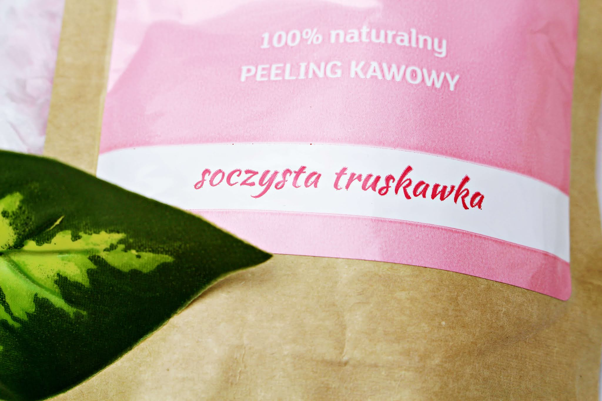 Love Your Body Soczysta Truskawka - peeling do ciała
