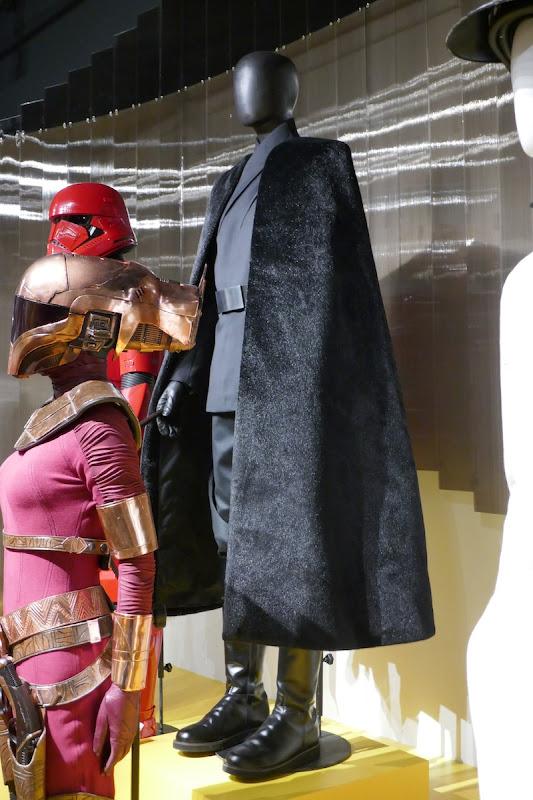 Star Wars Rise of Skywalker General Pryde costume cape