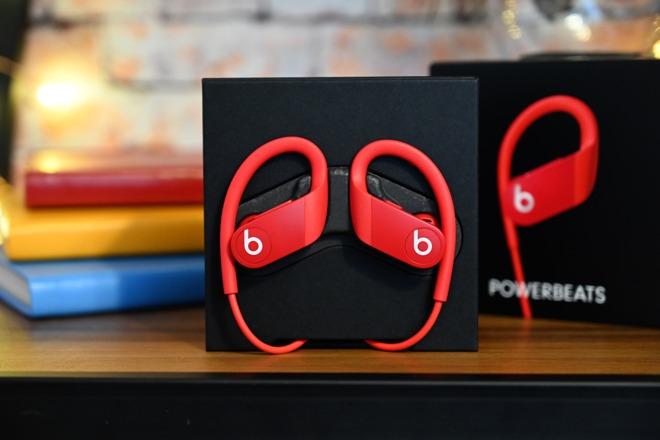 Powerbeats4 搭載 H1 晶片:支援嘿 Siri 和抗汗抗水