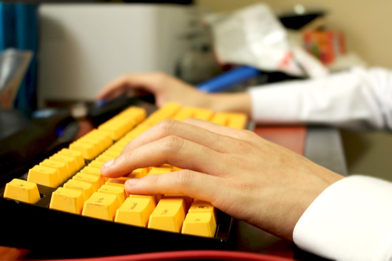 Tips Memilih Keyboard Gaming Agar Tidak Salah Beli