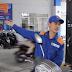 Giá xăng tại Việt Nam tiếp tục tăng lần thứ 5 liên tiếp trong kỳ điều chỉnh ngày 20/9, với xăng Ron 92 vượt ngưỡng 18.000 đồng/lít