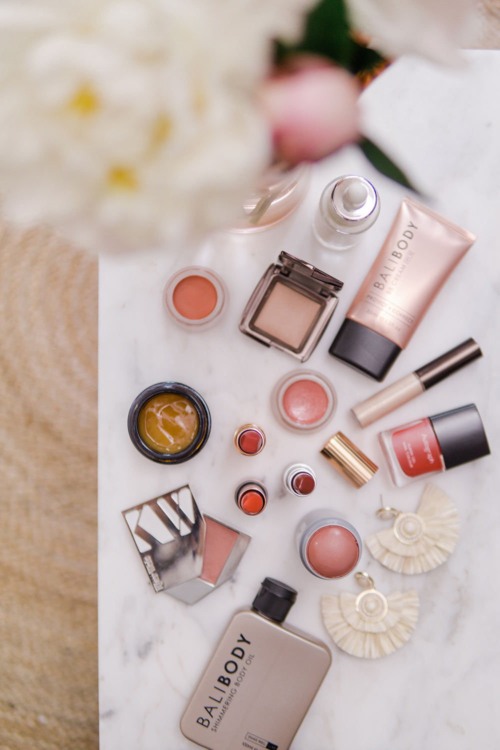 bronze-summer-makeup-beauty-flatlay-photography