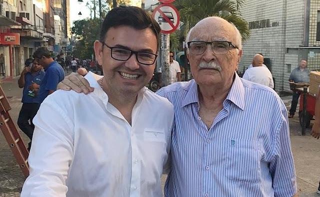 Deputado Raniery Paulino homenageia ex-governador Wilson Braga