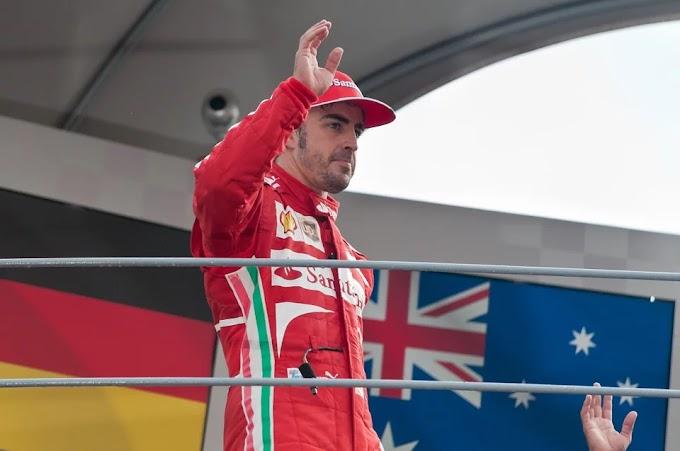 Fernando Alonso al podio en Dubái