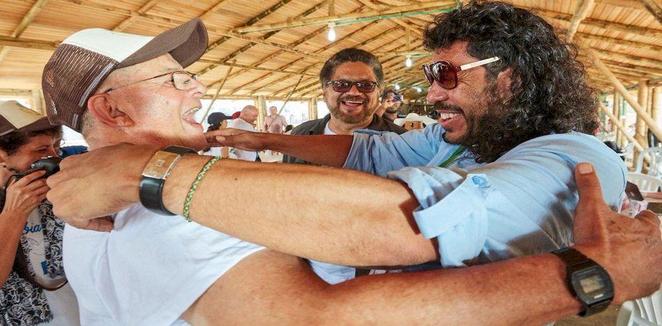 El exarquero de la selección colombiana, René Higuita, fue contactado por las FARC
