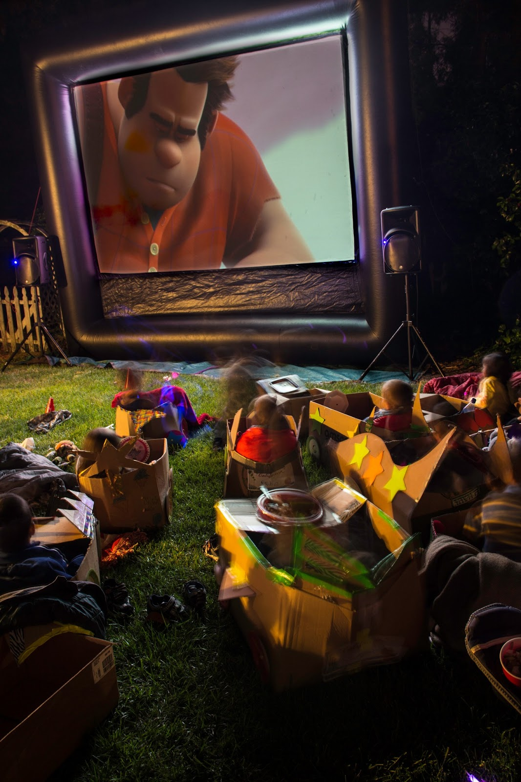 The Fun Of Outdoor Movies Party Idea Wreck It Ralph Drive In