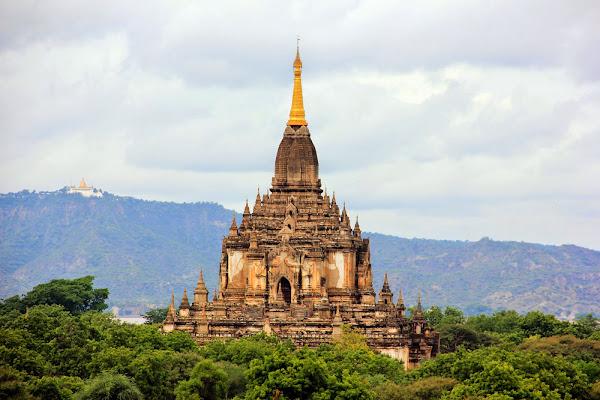 Templo pagoda Gaw Daw Palin en Bagan