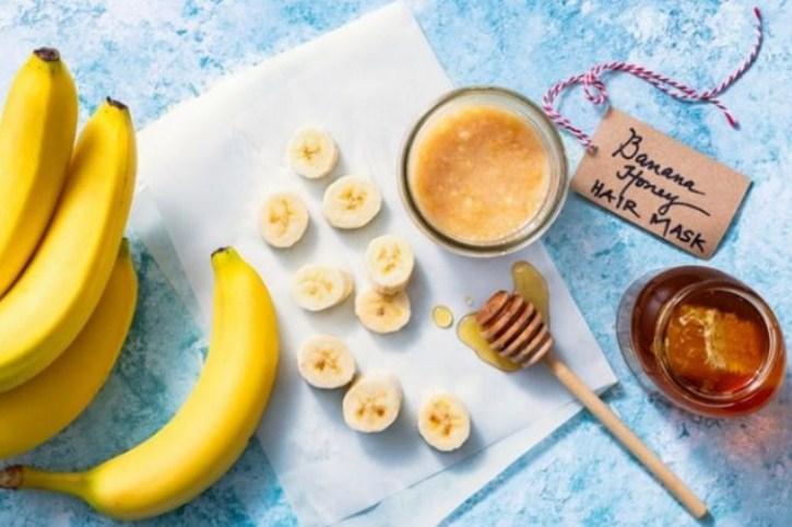 Buah pisang yang memiliki banyak vitamin berguna untuk pertumbuhan rambut
