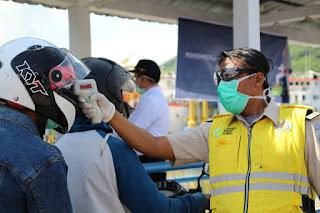 Tangkal Covid19, ASDP dan TNI-Polri Perketat Pemeriksaan Penumpang dan Kendaraan di Pelabuhan Lembar